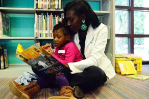 Join the Library for an I Can read Black stories storytime program for Día.